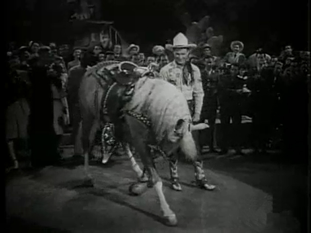 The Roy Rogers cowboy show with his horse Trigger